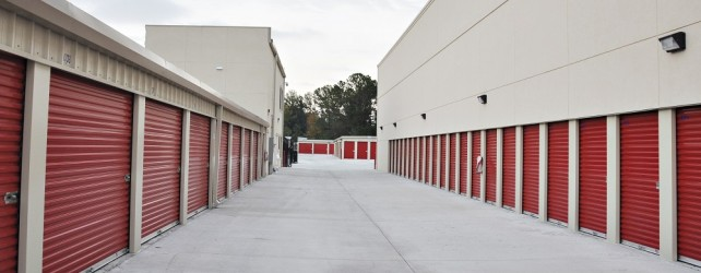 Storage-Units-Tall-Row-resize-featured-642x250.jpg